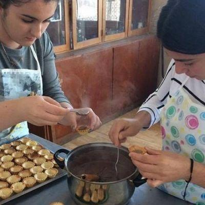 Производство и обслужване в заведенията за хранене и развлечения - ПГ Руска Пеева - Джебел, Кърджали